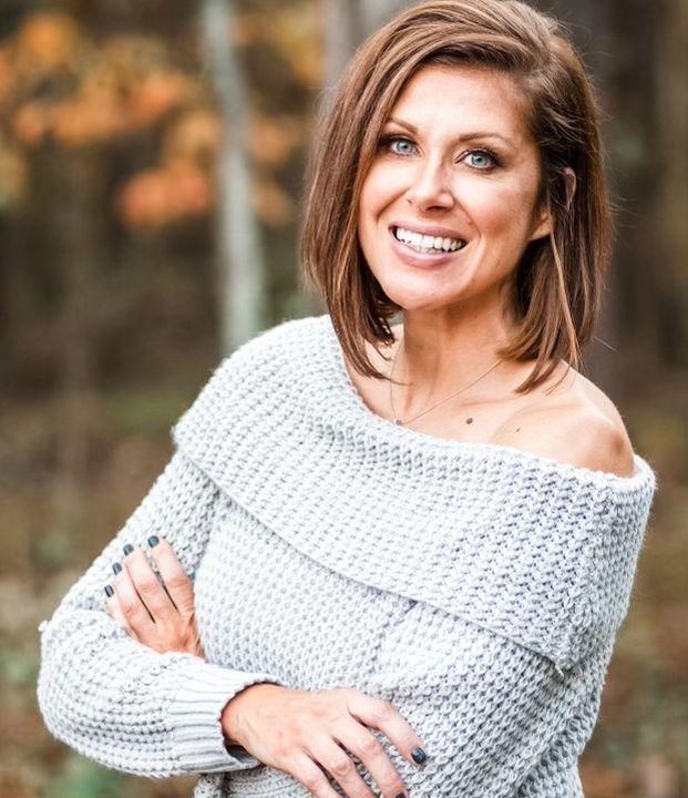 Episode 53: Heather Fronk, Health & Wellness Coach & former Mrs. Ohio 2016.