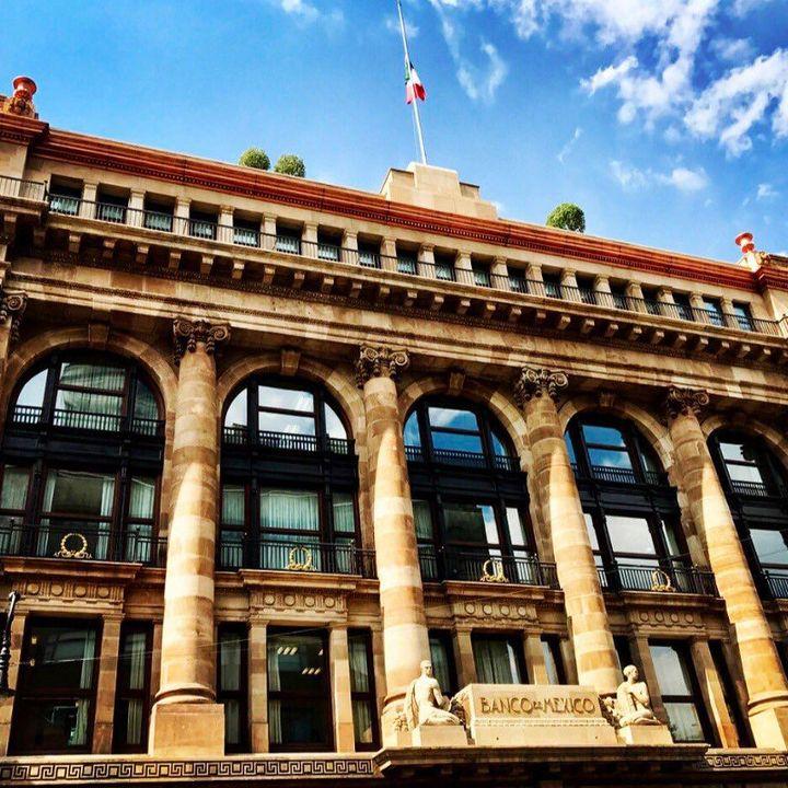 Banxico recorta pronóstico de crecimiento para el país