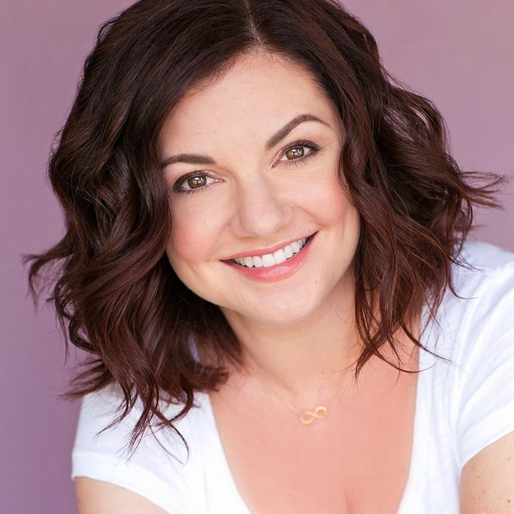 Guest:  Comedian and Cookbooker - Anna Vocino -7/14/21