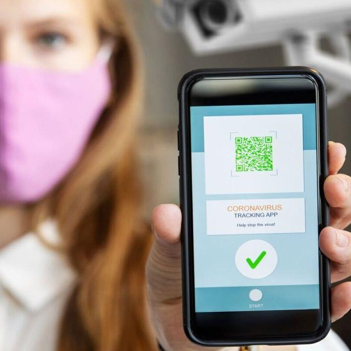 Passaporto vaccinale: soluzione per la ripartenza o nuova gabbia elettronica?