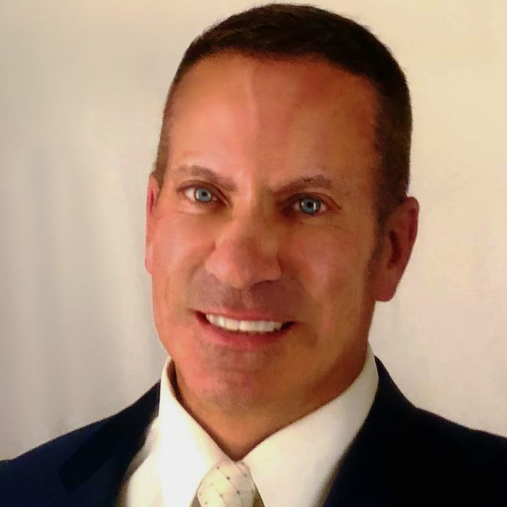 Episode 92: Ray Housteau, Financial Advisor & TV Reality Star (Amazing Race)