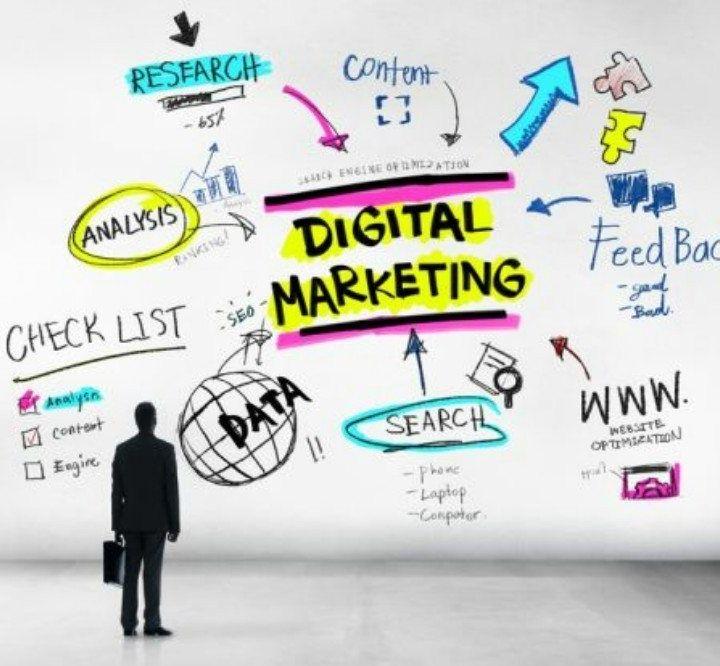 #36 Il digitale è in perenne mutamento. Non arrivi da nessuna parte è un viaggio continuo.