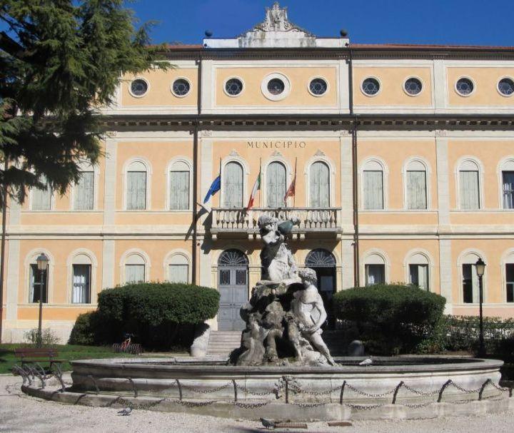 Covid, 100 mila euro dal Comune per le attività in difficoltà: domande entro il 15 maggio