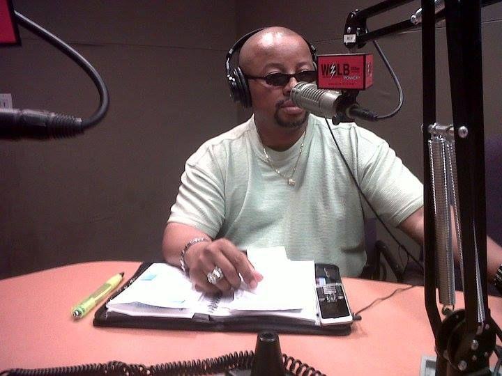 Elevation Radio1