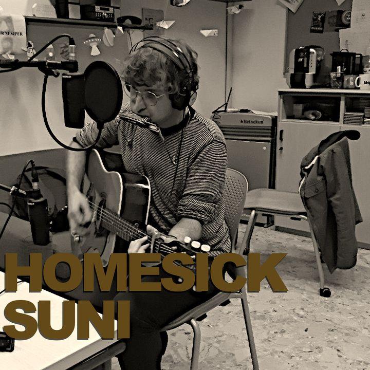 La poetica del quasi: Homesick Suni