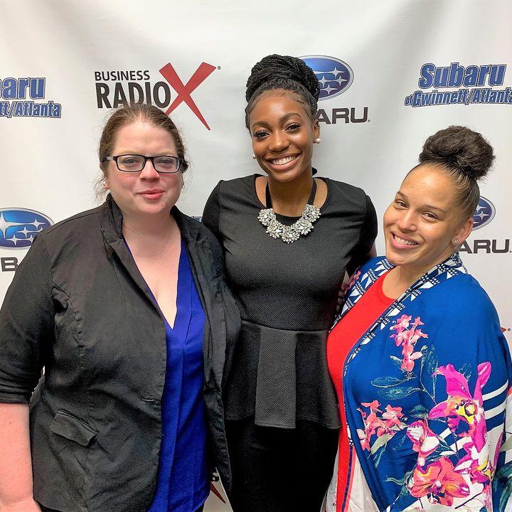 Amadi Brooks with the Atlanta Hawks and Nona Jones Star Legg with Bahama Breeze Island Grille – Duluth