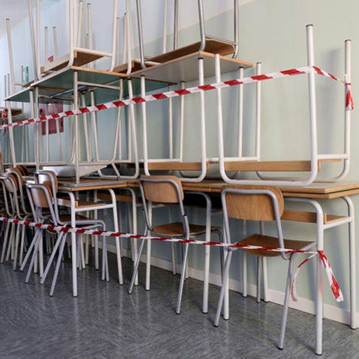 Rischio DaD per 9 studenti italiani su 10