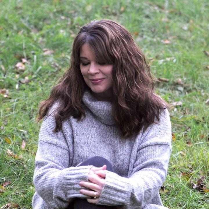 Angela Predhomme - Musician