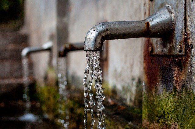 El agua que entra y sale de tu casa, con Águeda de iAgua   Actualidad y Empleo Ambiental #77
