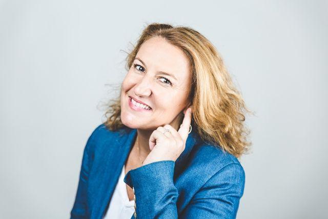 Mi primera petición, mi primer podcast by Silvia Bueso