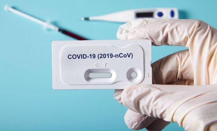 Coronavirus: test rapido per chi torna da Malta, Grecia, Spagna e Croazia e divieto di ingresso dalla Colombia. Scontro sulle discoteche