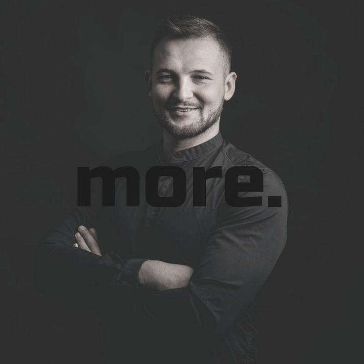 """more. than training ep. 26 - Marek Kuś """"W neurotreningu poznajemyjak działająsystemy w ciele i nie przeciwstawiamy się im"""""""
