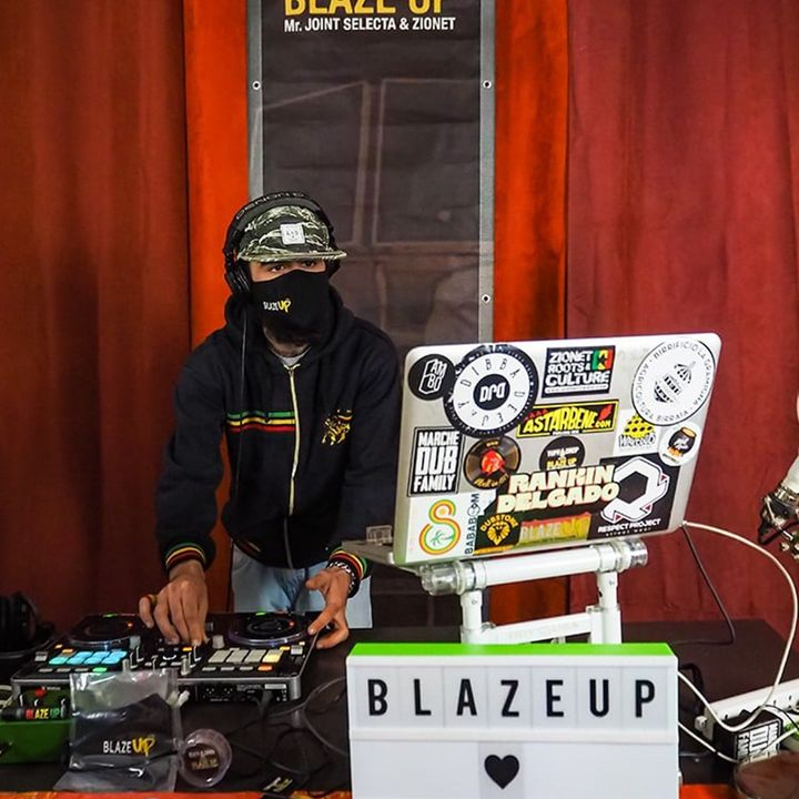 Mr Joint in session - Blaze Up live in Cavelab #2