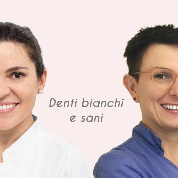 Denti più bianchi subito con i dentifrici dall'anima blu