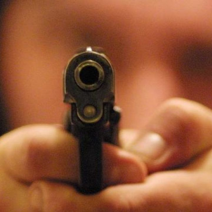 sparare non è sbagliato ma tutto è neutro