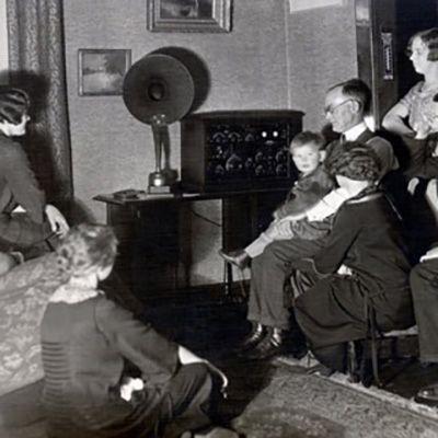 """Radio Racconti Brevi - Un """"Radio elettrodomestico"""""""