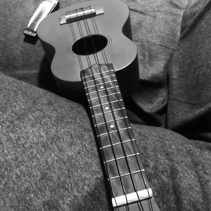 Ninna nanna di montagna con ukulele e armonica