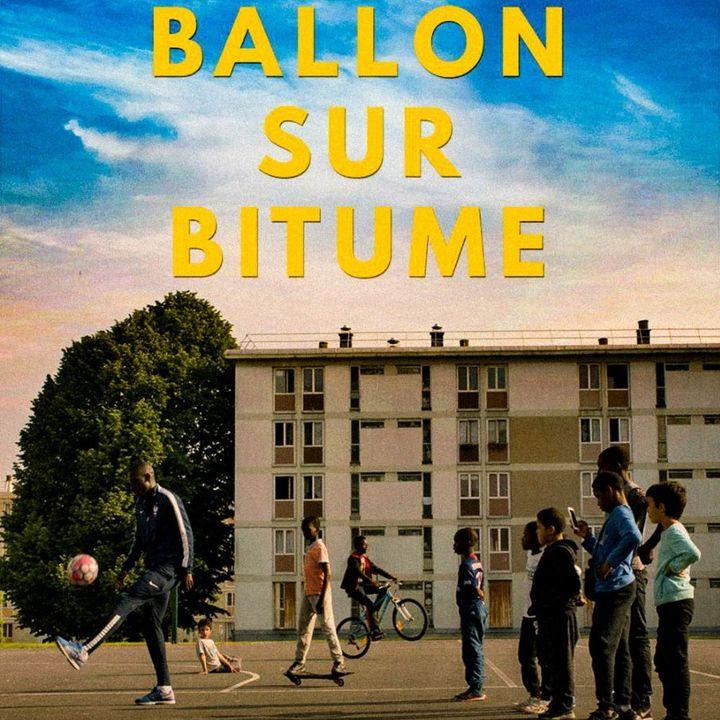 """""""Asfalto e pallone"""", il documentario di Netflix sul calcio nelle banlieue parigine"""