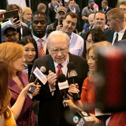 Berkshire Hathaway 2016 Annual Shareholders Meeting