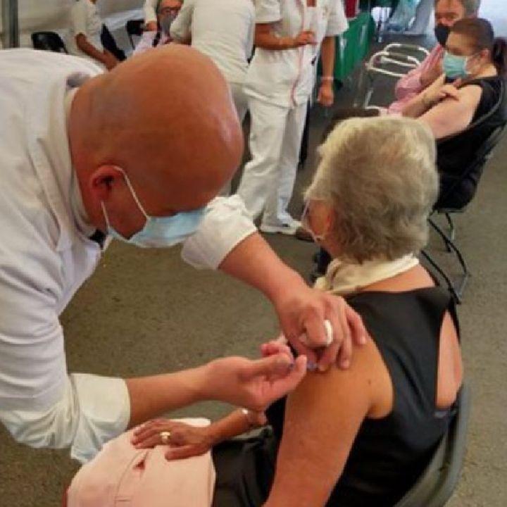 Sánchez Cordero recibe segunda dosis de vacuna contra Covid-19