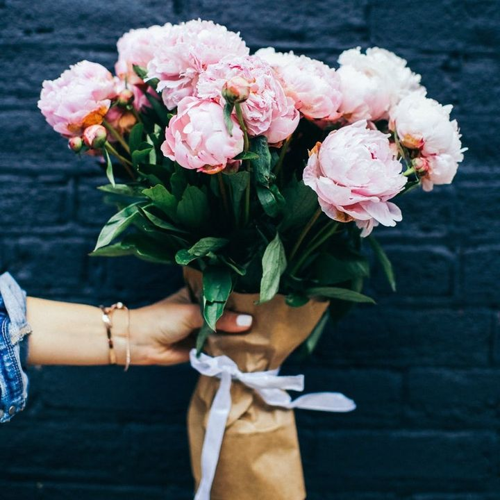 """""""Smell The Roses!"""" - Everything You Need to Know About Wedding Flowers"""