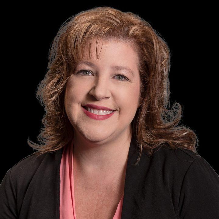 Pensacola Business Radio: Spotlight Episode-Tami Wloch SC Marketing