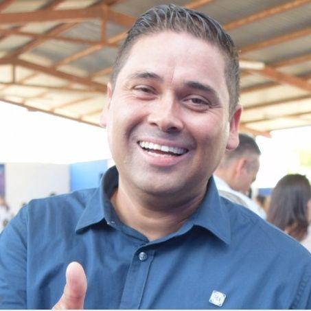"""""""Ni con la alianza ni con Morena, seguimos en el PAN"""": Isaac Chávez"""