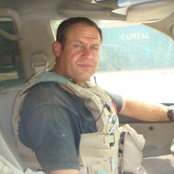 Episode 146 - with Garry Curtis - Security Expert, former Royal Marine and Fire Fighter.