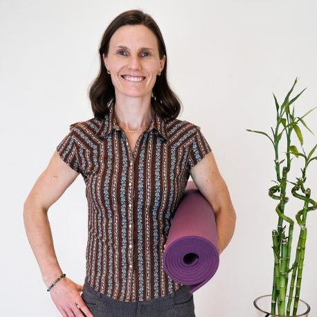 Gentle Movements for Pain with Naomi Biggin-Pound