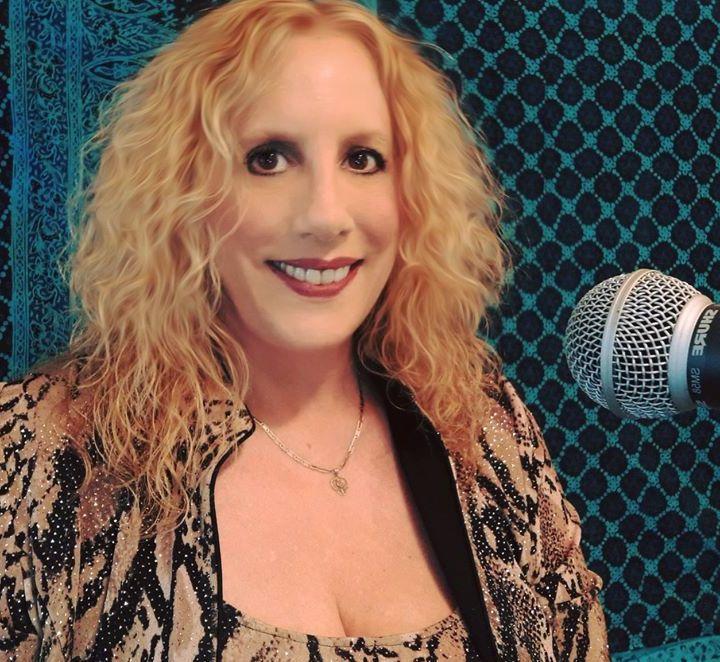 LDM Radio - Behind the Mic with Singer Annemarie Picerno