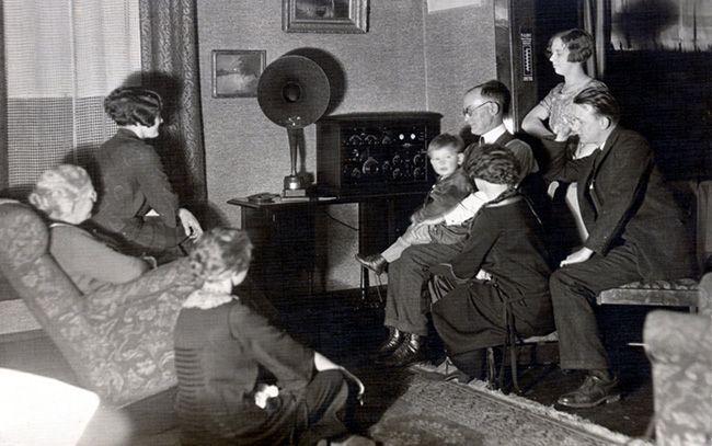 Radio Racconti Brevi ESTATE - La Radio e il Cervello