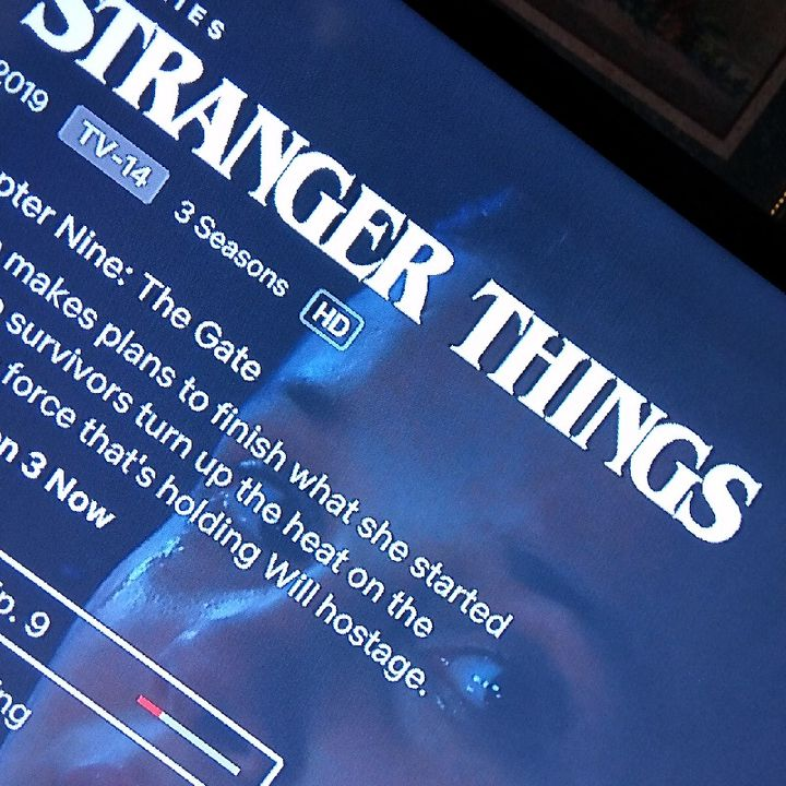 STRANGER THINGS ///QotD/// Talking About The S T R A N G E S T THINGS pt. 1?