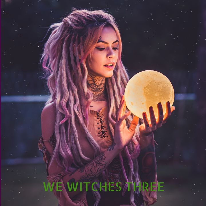 🌜 Why are Baby Witches on Tik Tok Hexing the Moon? 🌛