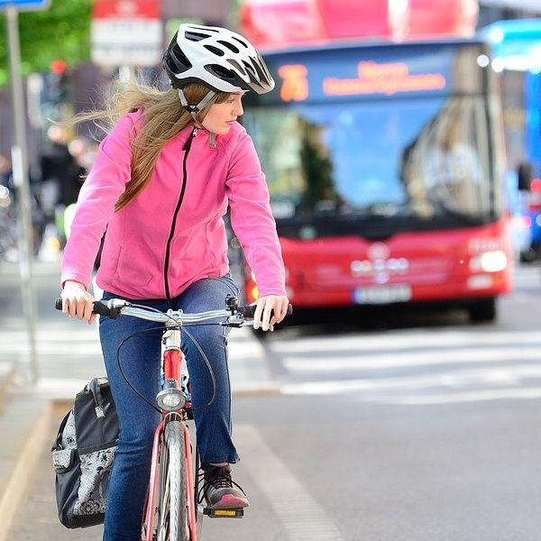 La tendenza della settimana: bici o monopattino, mobilità slow fenomeno di costume (di Alessandra Magliaro)