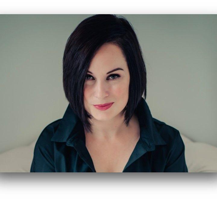 S2 E09 - Julie Willis: Conceal Reveal