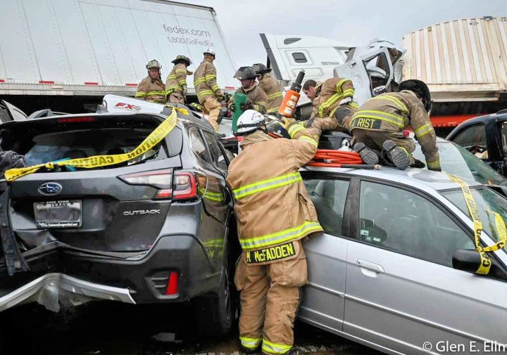 At Least 6 Killed In 133 Vehicle Pileup Crash On I-35W In Fort Worth Texas