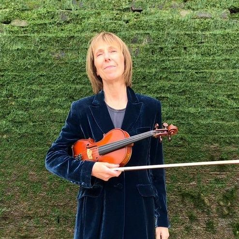 Ep 676 Hour 2: With Helen O'Hara of Dexy's
