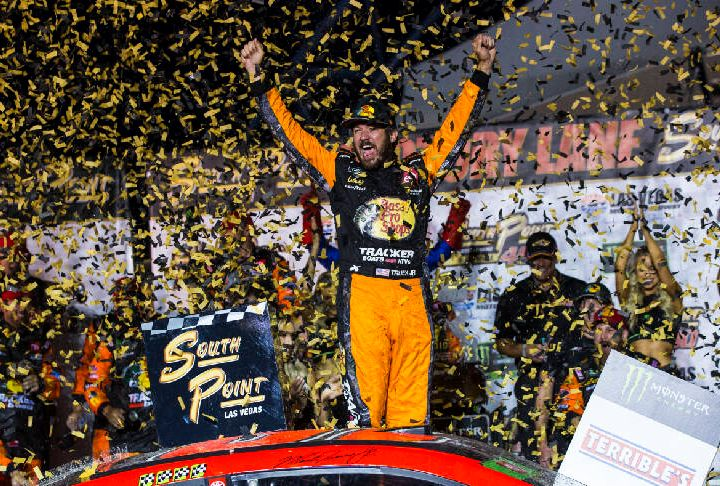 The NASCAR Show: Guest Michael Klein go over race 1 of the playoffs, Vegas, Richmond