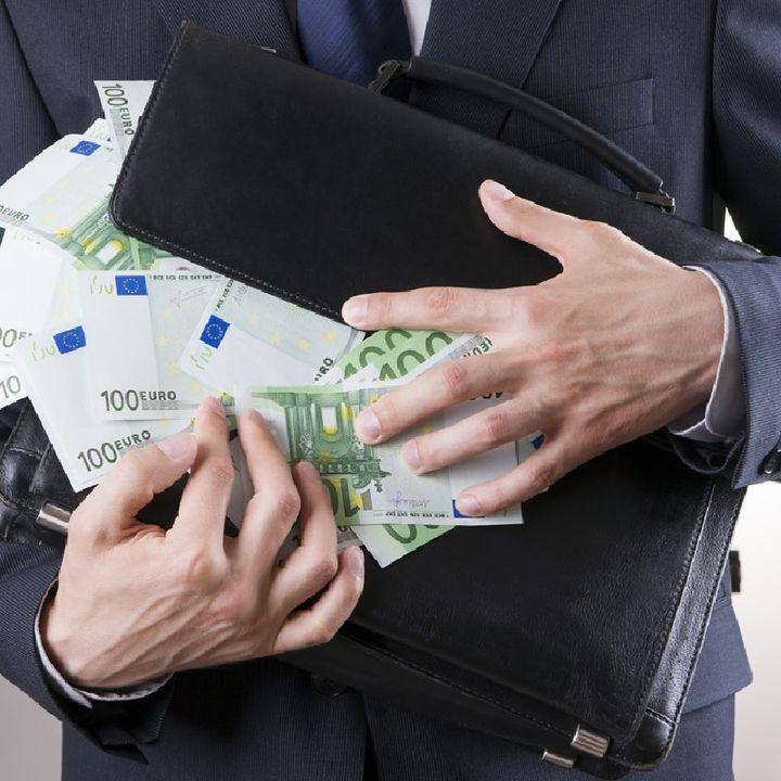 Stretta sui conti correnti esteri degli italiani