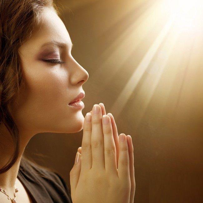 Otto domande per vedere se preghi in maniera cattolica