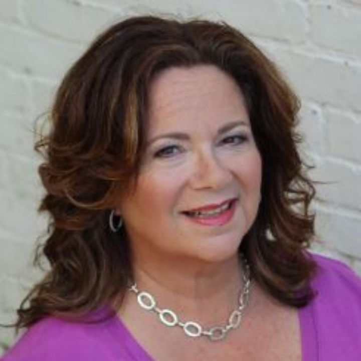 Ronnie Ann Ryan, Dating & Love Coach  Is your love mindset crushing your chances for love?