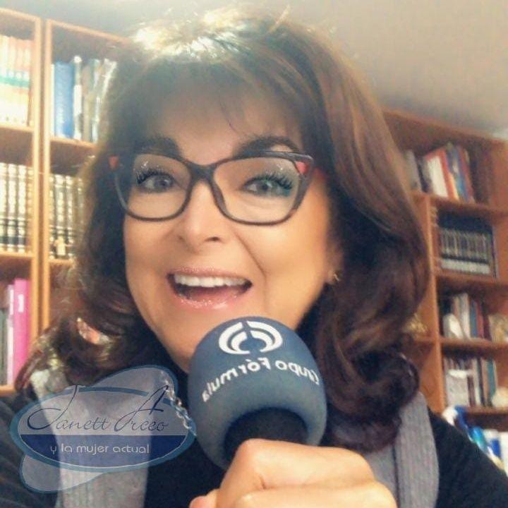 """La Dra. Rosa Argentina Rivas Lacayo con el tema: """"¿Culpa o Responsabilidad? ¿Rencor o Aprendizaje"""""""