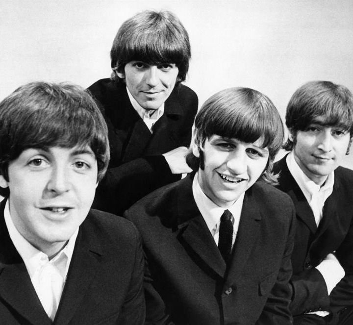 aquela playlist #1193 #TheBeatles #wearamask #stayhome #wanda #thevision #darcylewis #thefalcon #darcylewis #wintersoldier #pietro