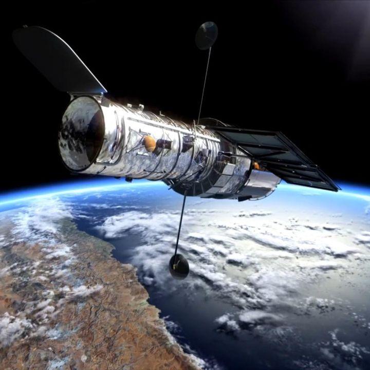 76.1. Crean un mapa geológico completo de la luna, se cumplen 30 años del lanzamiento del Hubble...
