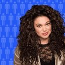 Phoebe and Michelle Buteau Get Cozy
