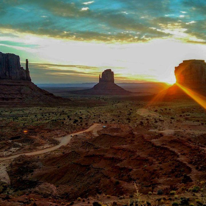 Canto Navajo letto da Apawi