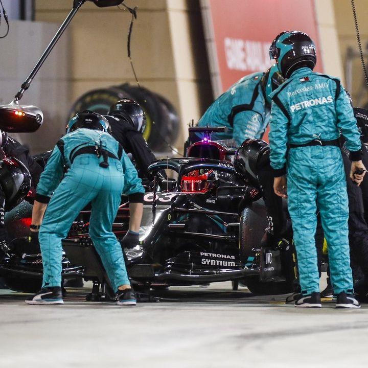 Chi guiderà la W11 ad Abu Dhabi? Rispondiamo alle vostre domande!