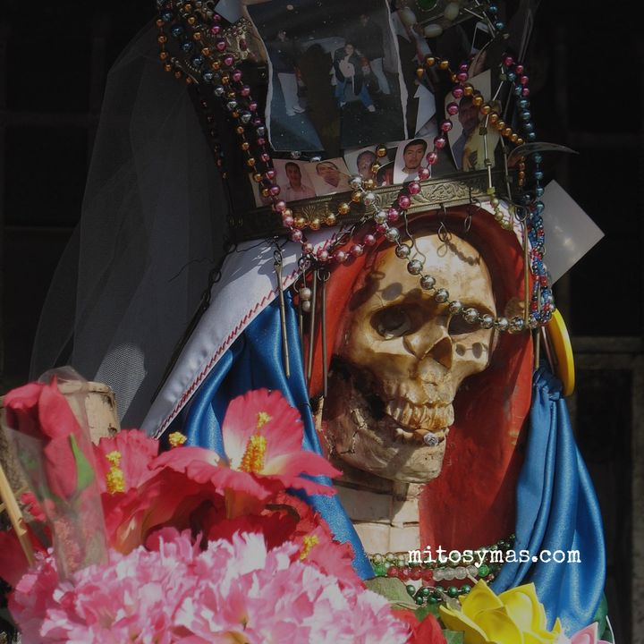 La Santa Muerte, la diosa de los desamparados.