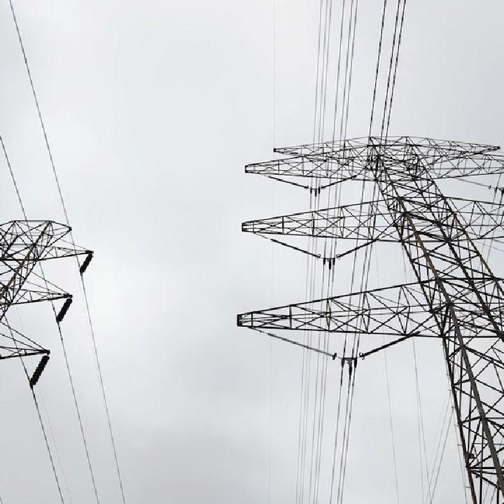 Confederación Patronal revisa Reforma Ley Eléctrica
