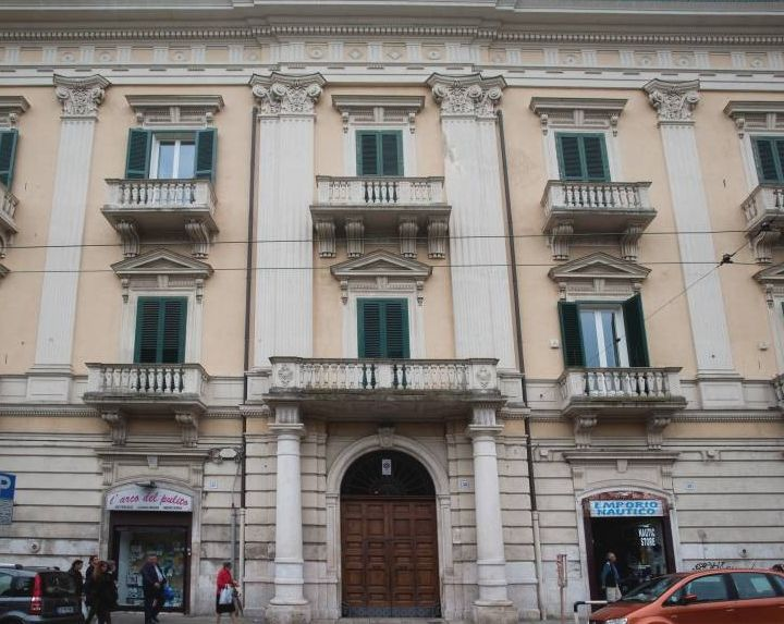 Teatro Cammarano • Bari